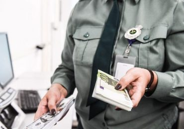 Провоз денег через границу ЕАЭС будет по новым правила