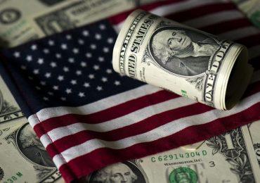 Отказ от доллара: Китай и Россия сокращают двусторонние расчеты в американской валюте