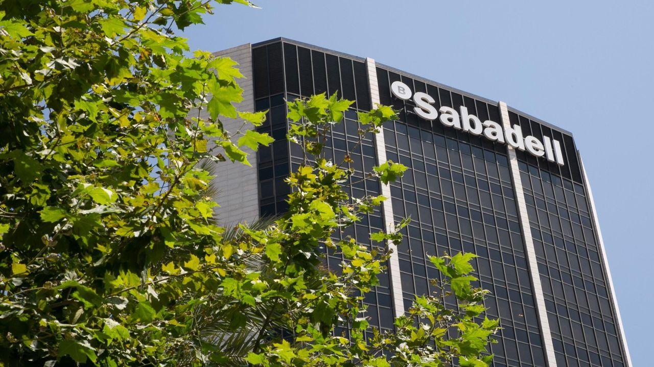 BBVA и Sabadell могут создать единый испанский банк